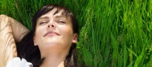 Body grounding improves sleeping phases